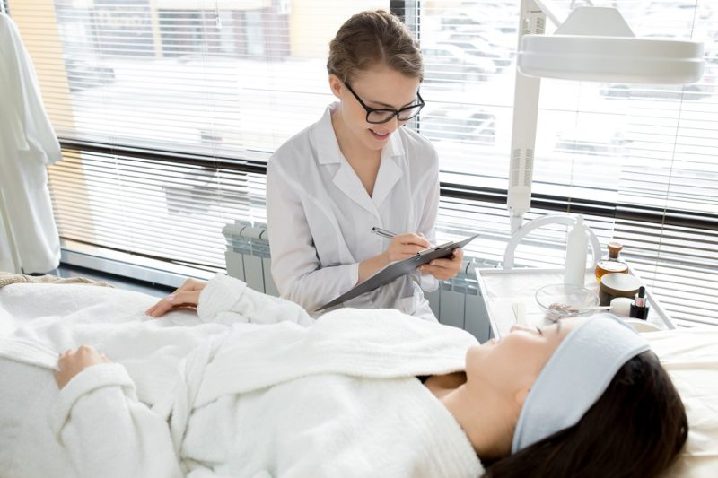 How to Manage Medical Non-Compliance in Your Cosmetic Practice